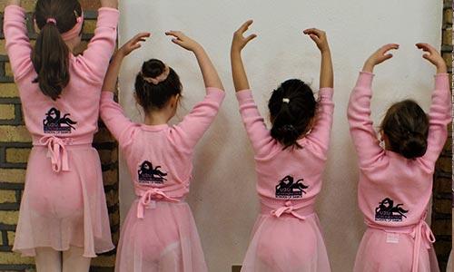 Little Ballerinas Dance Class